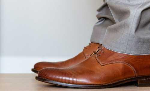 Как растянуть обувь в домашних условиях из кожзама, кожаную, замшевую