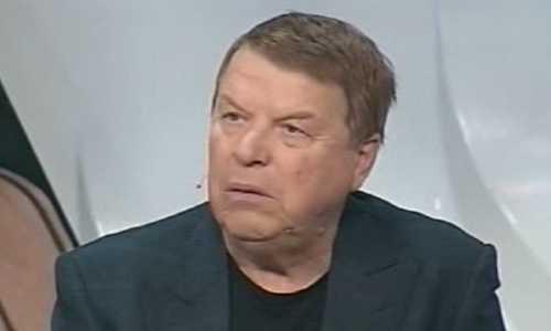 Пережившего инсульт Михаила Кокшенова выписали домой
