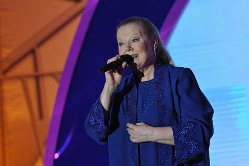 Людмила Сенчина выходила на сцену после химиотерапии